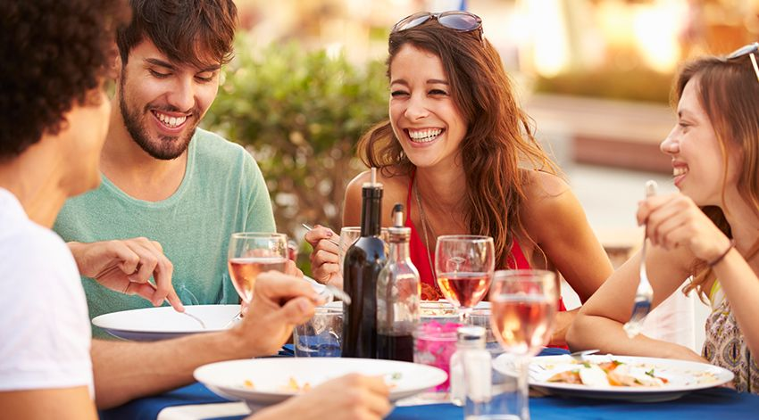 5.Eat wisely when eating out